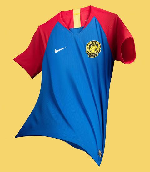 stunning-nike-malaysia-2018-19-home-away-kits (3)