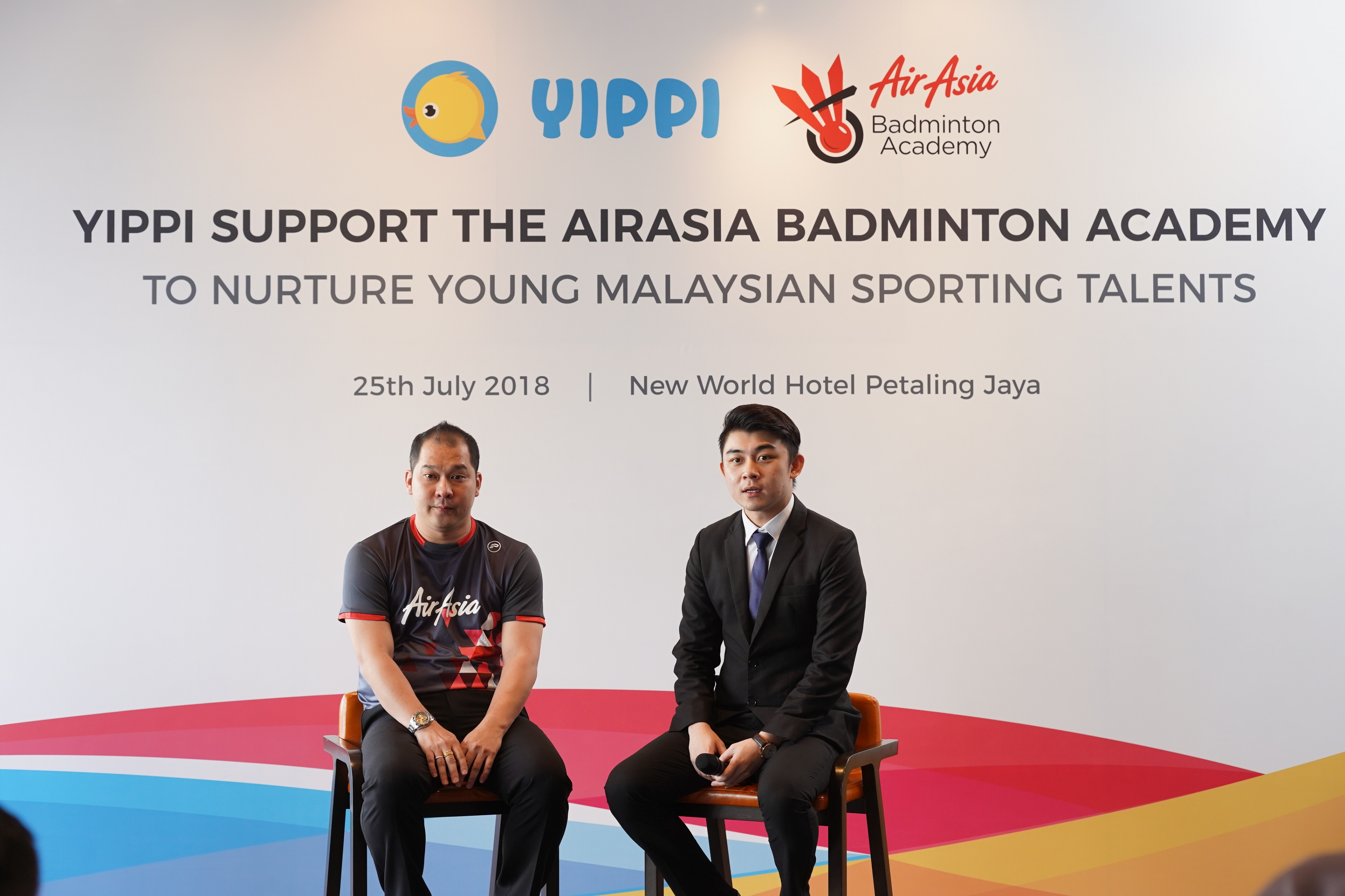 Image 5 – Jason Lim, President of AirAsia Badminton Academy and Tan Fei, Business Development Manager of Toga Limited during the press conference