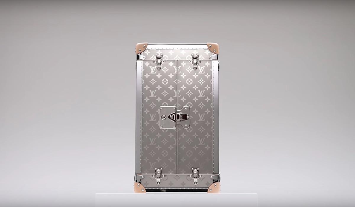 Louis Vuitton Trophy Case World Cup 2018