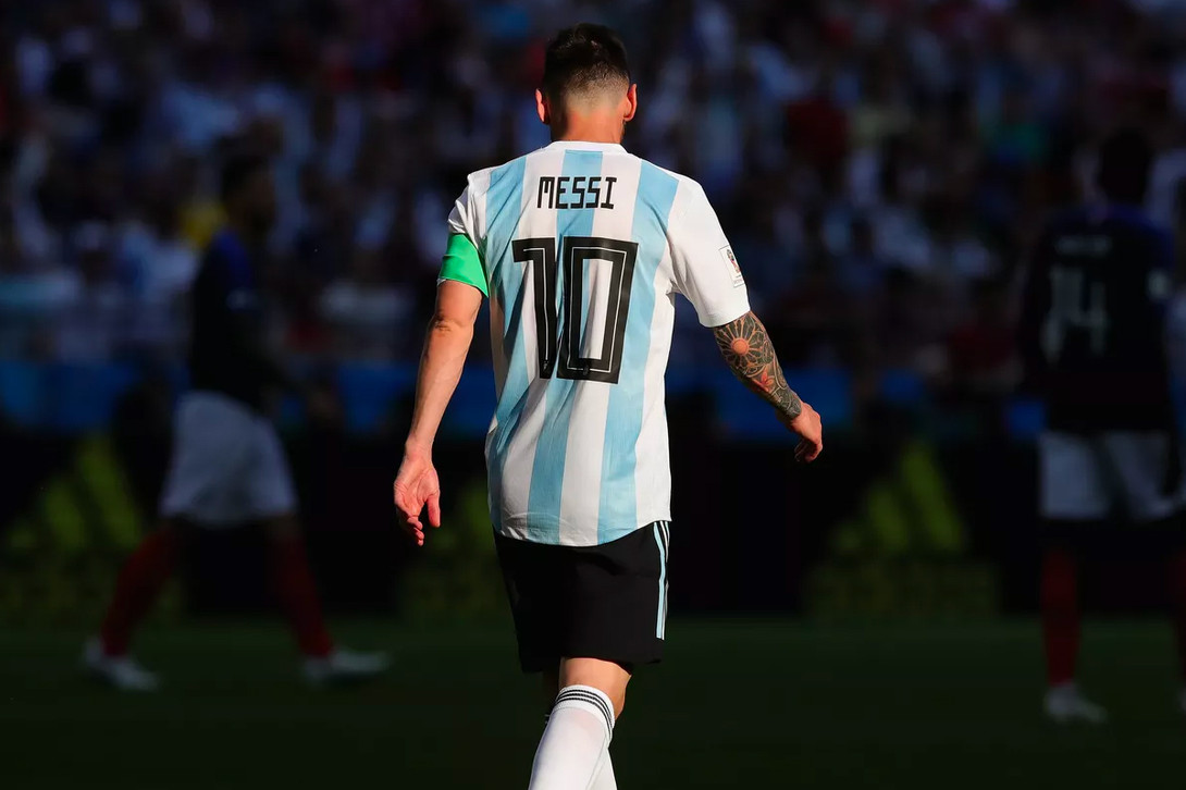 https _hypebeast.com_image_2018_08_lionel-messi-argentina-2018-retirement-001