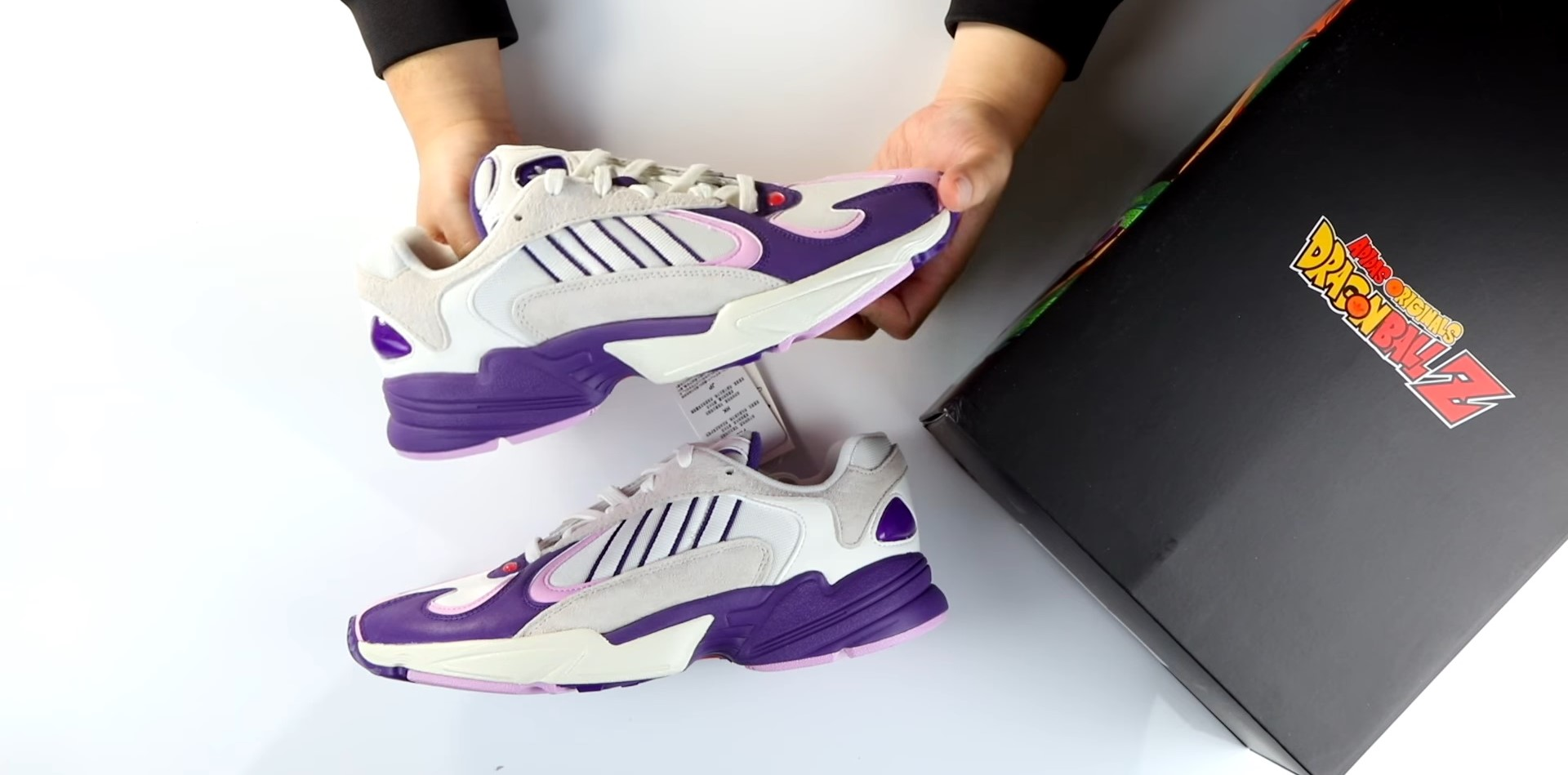 Unboxing adidas Dragon Ball Z Frieza Yung 1