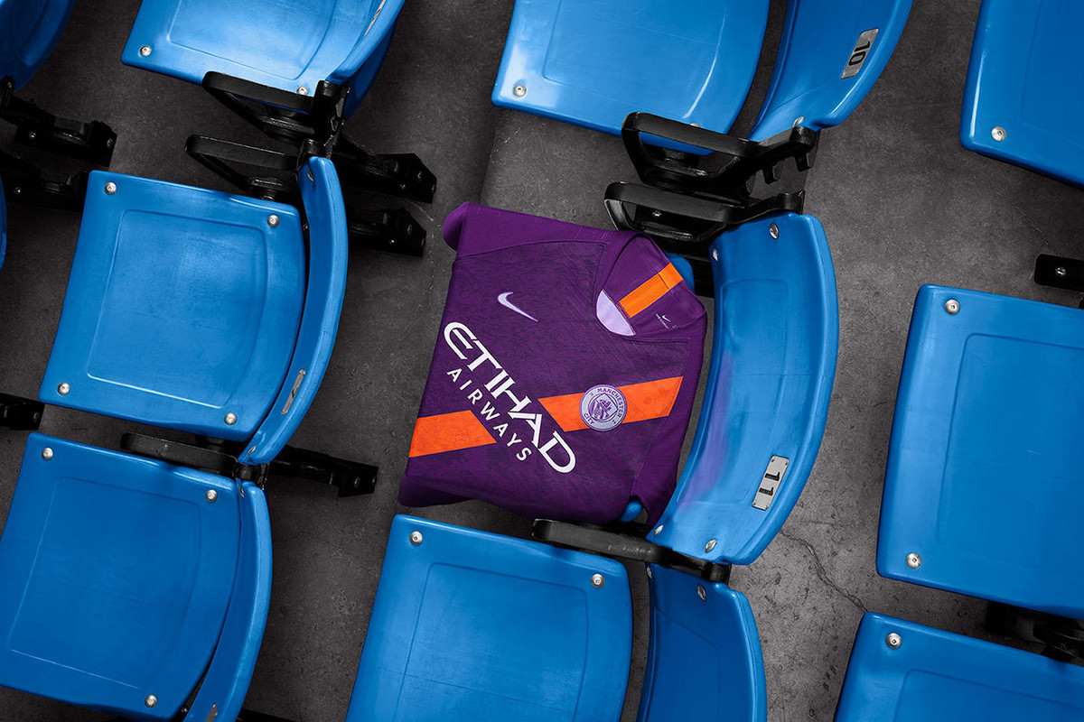 manchester-city-nike-third-kit-2018-19-02