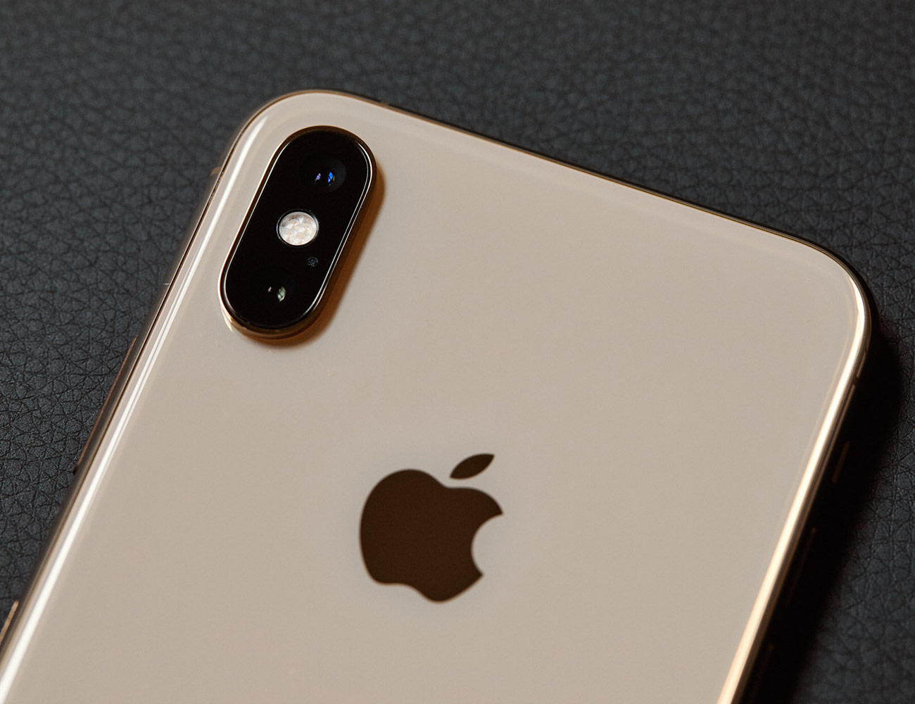 Iphone-X-XS-Review-Gear-Patrol-Inline-6