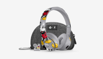 beats-by-dre-mickey-mouse-headphones-01