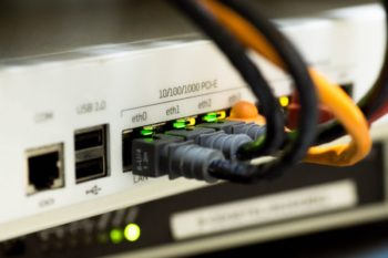 network-cable-ethernet-computer-159304-1200×800 (1)