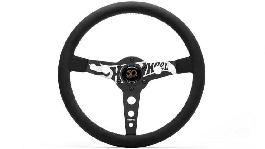 momo-hot-wheels-limited-edition-steering-wheel-7_