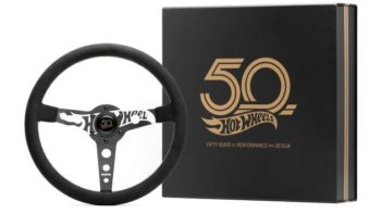 momo-hot-wheels-limited-edition-steering-wheel-8