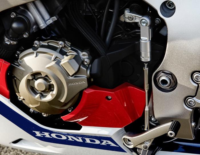 Honda-CBR1000RR-Fireblade-SP-Malaysia-mekanika6