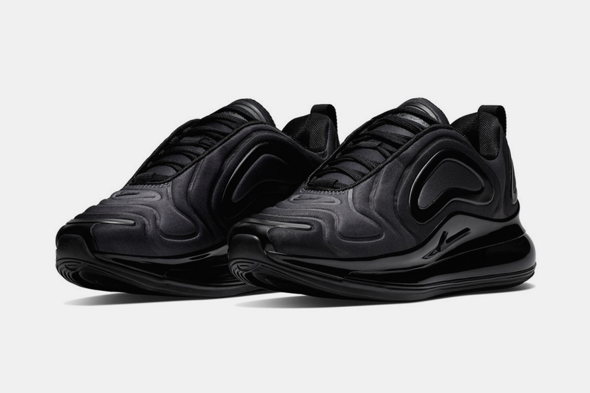 nike-air-max-720-triple-black-release-date-price-info-02-1200×800
