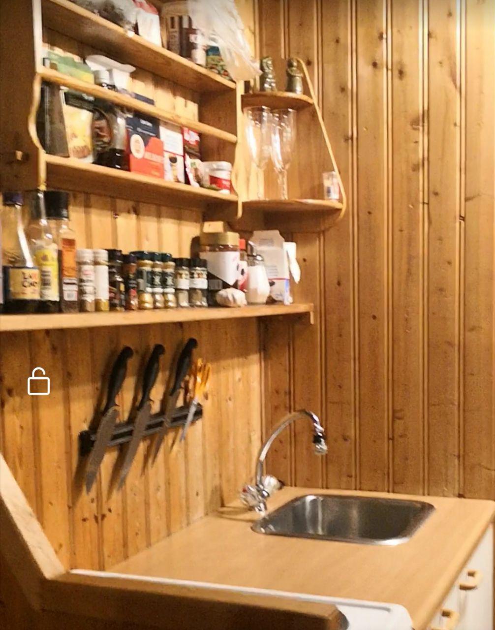 kelebihan airbnb berbanding hotel