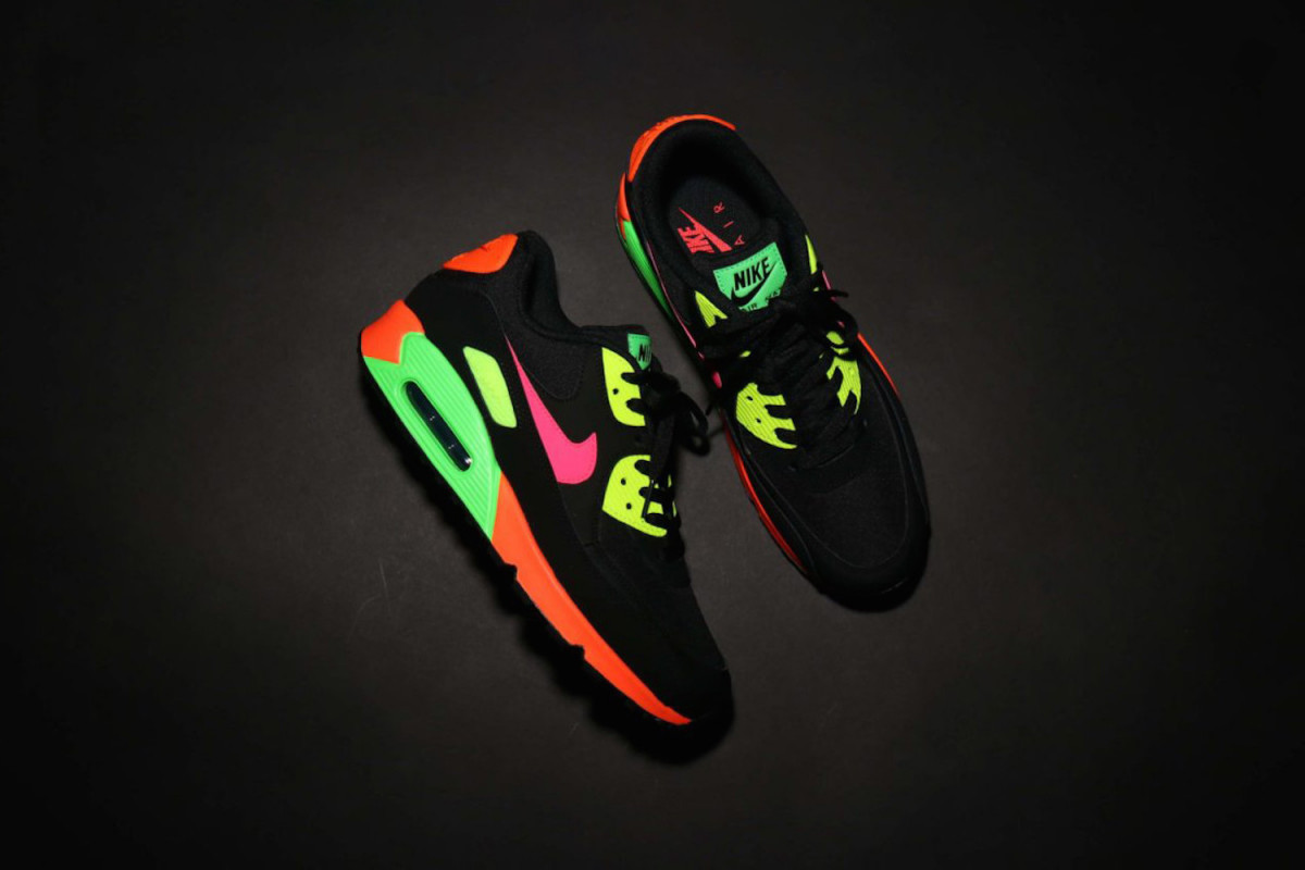 atmos-nike-tokyo-neon-collection-release-date-price-info-02-1200×800