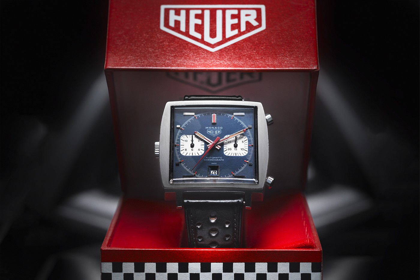 https___hypebeast.com_image_2019_03_tag-heuer-monaco-50th-anniversary-watch-01