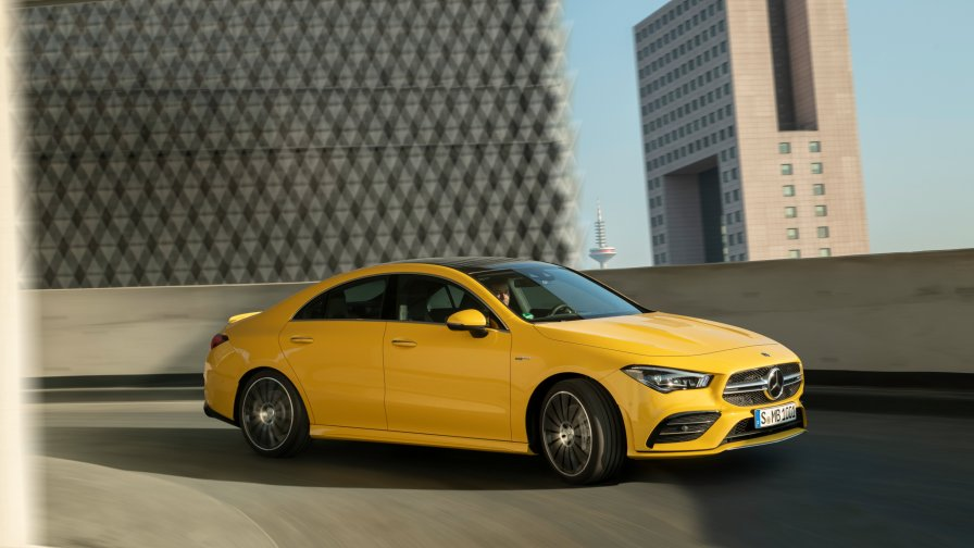 10-mercedes-benz-2019-mercedes-amg-cla-35-4matic-c118-sun-yellow-2560×1440