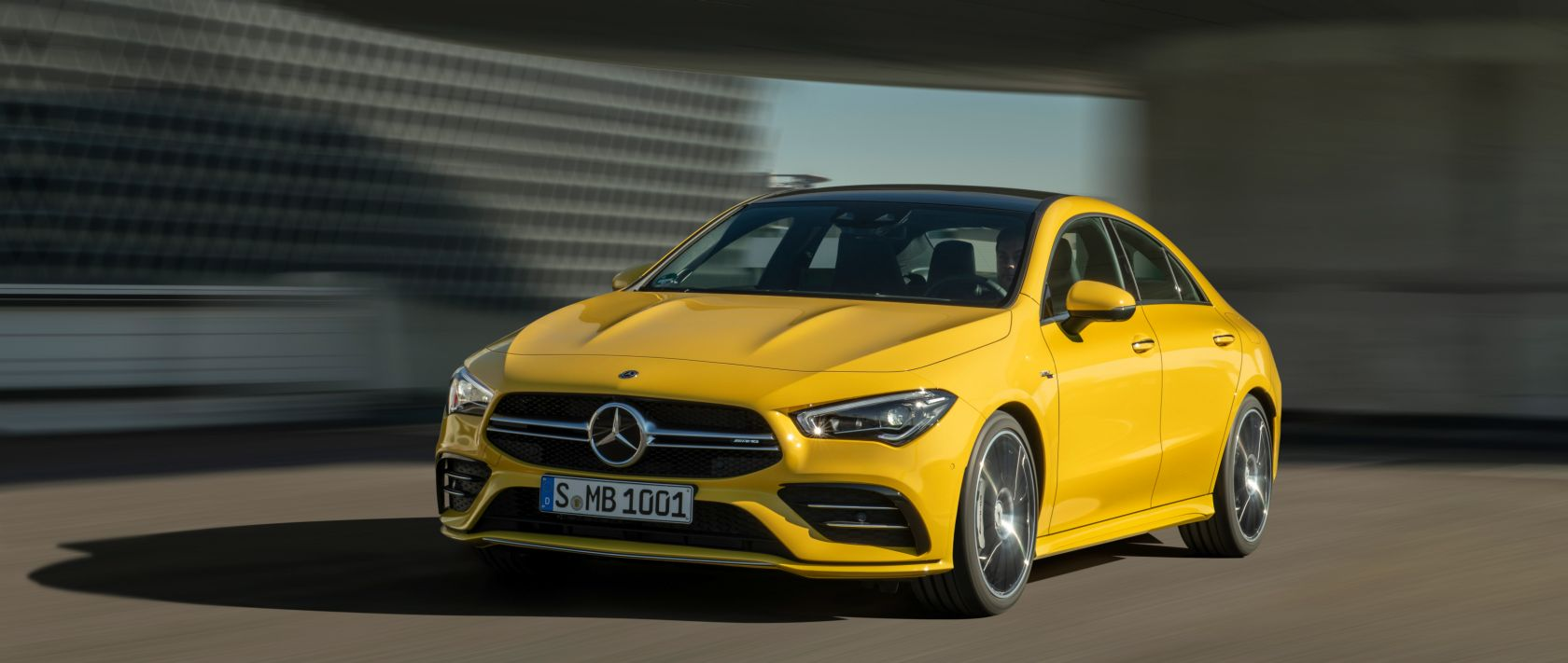 17-mercedes-benz-2019-mercedes-amg-cla-35-4matic-c118-sun-yellow-3400×1440