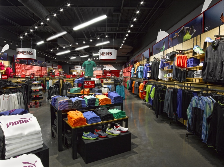 PUMA-LEED-Platinum-store-by-Colkitt-Co-Syracuse-New-York-02