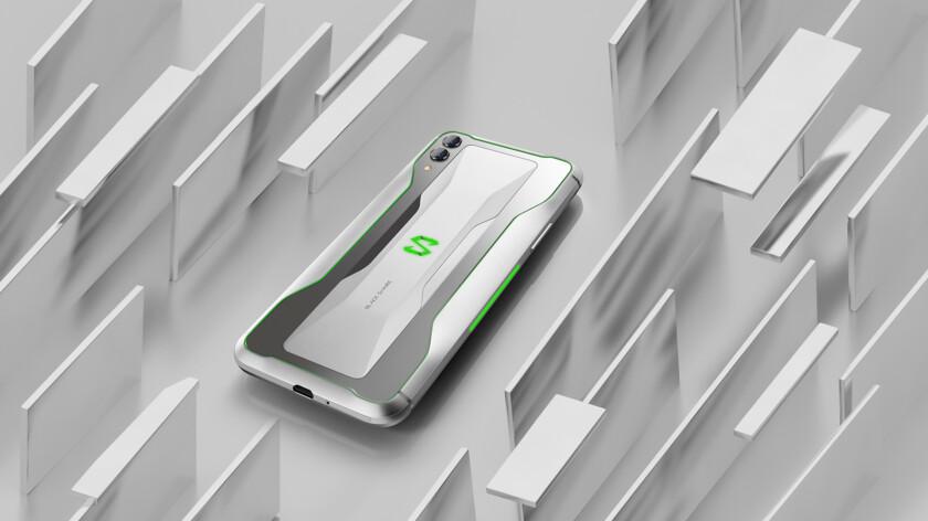 Xiaomi-Black-Shark-2-design-4-840×472