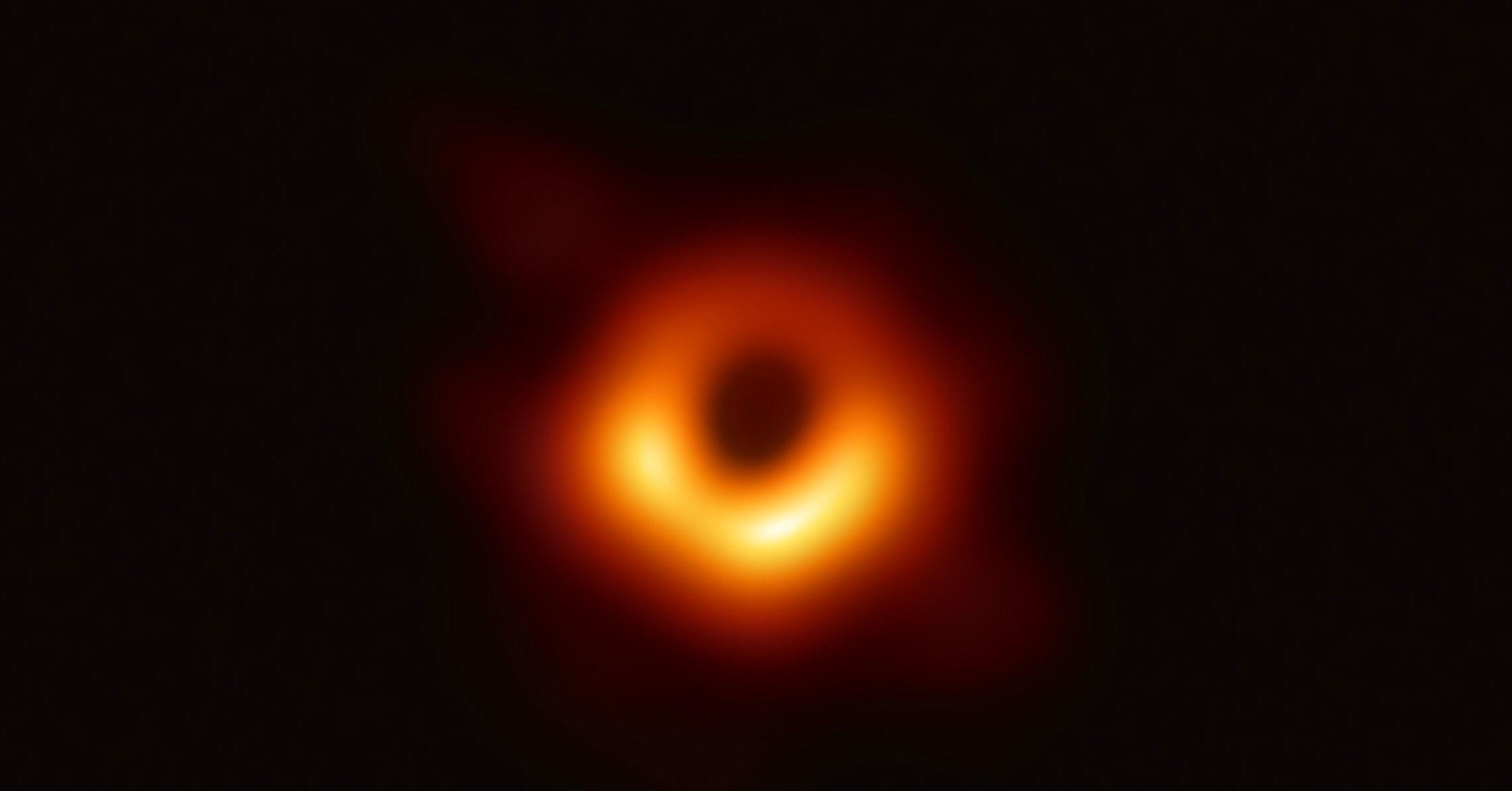 blackhole (1)