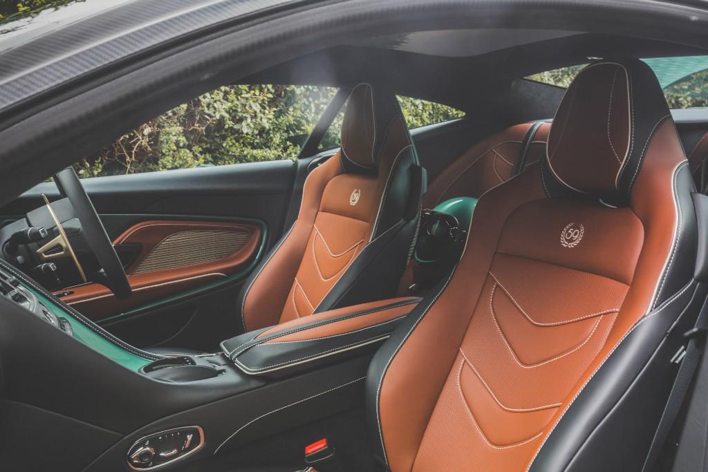 Aston Martin DBS 59 vckt