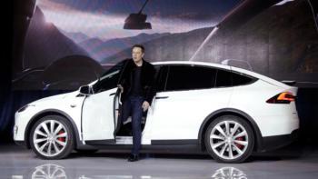 Elon-Musk-Model-X