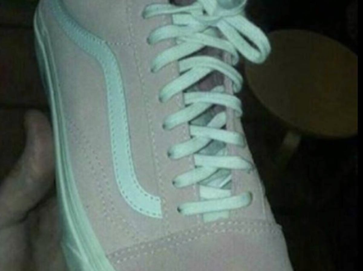 mint-and-gray-or-pink-and-white