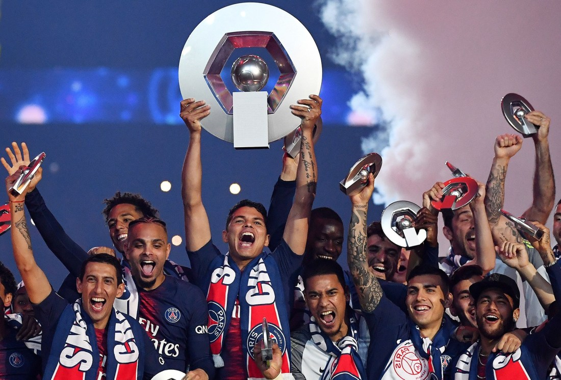 Paris-Saint-Germain-celebration-PSG-vs-Dijon-Ligue-1-2019