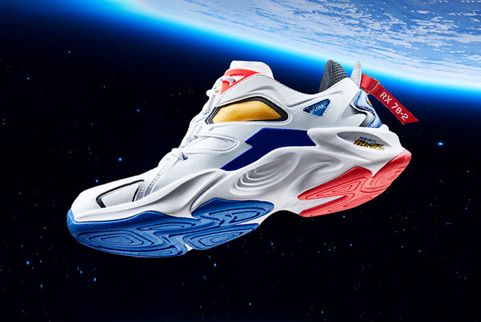 mobile-suit-gundam-361-rx-78-2-sneaker-release-003-side-space