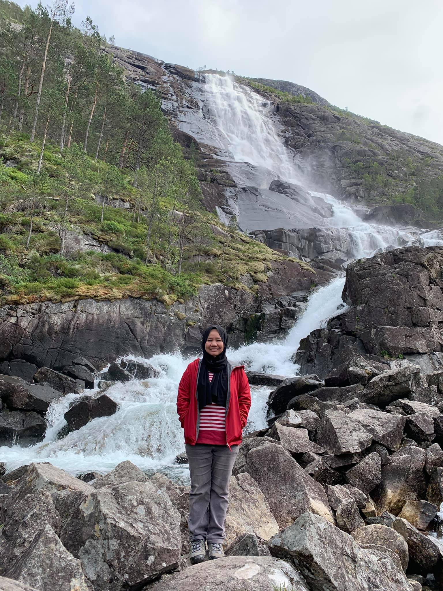 Langfossen-Norway