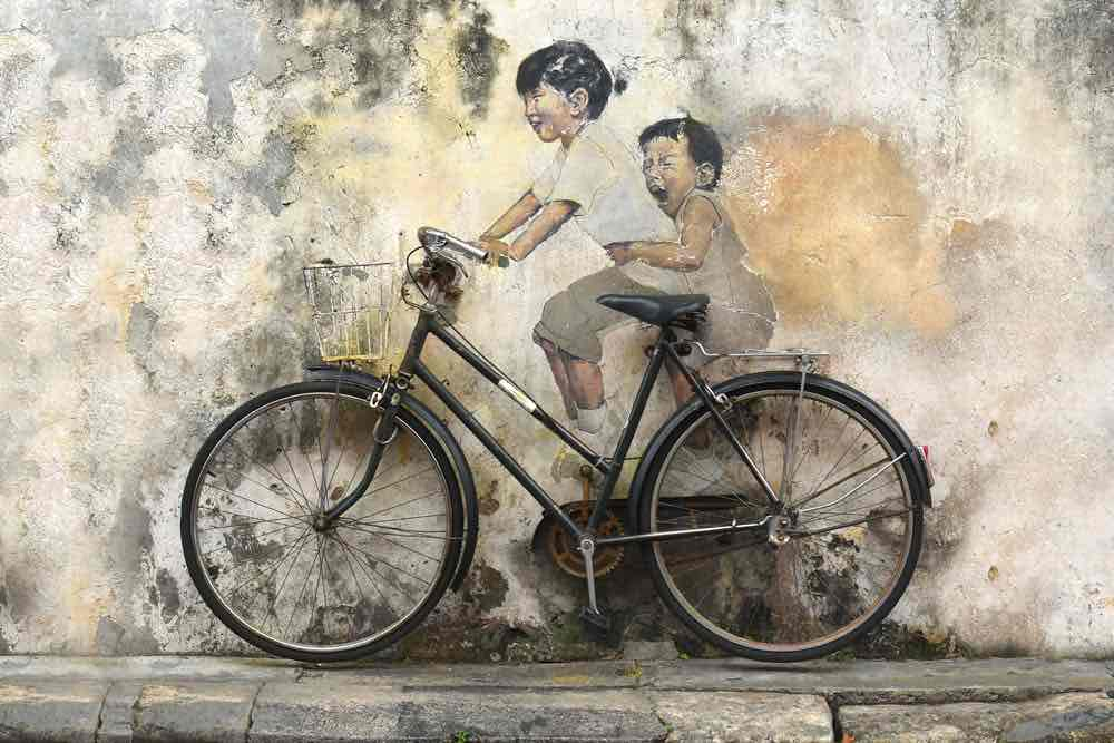 kids-on-a-bicycle-penang-street-arts