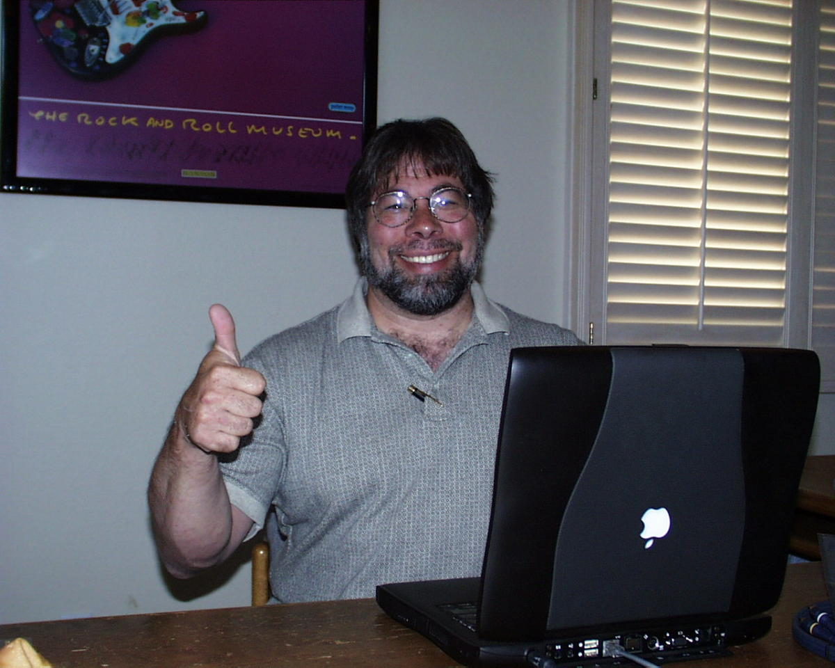 Steve_Wozniak_thumbs_up