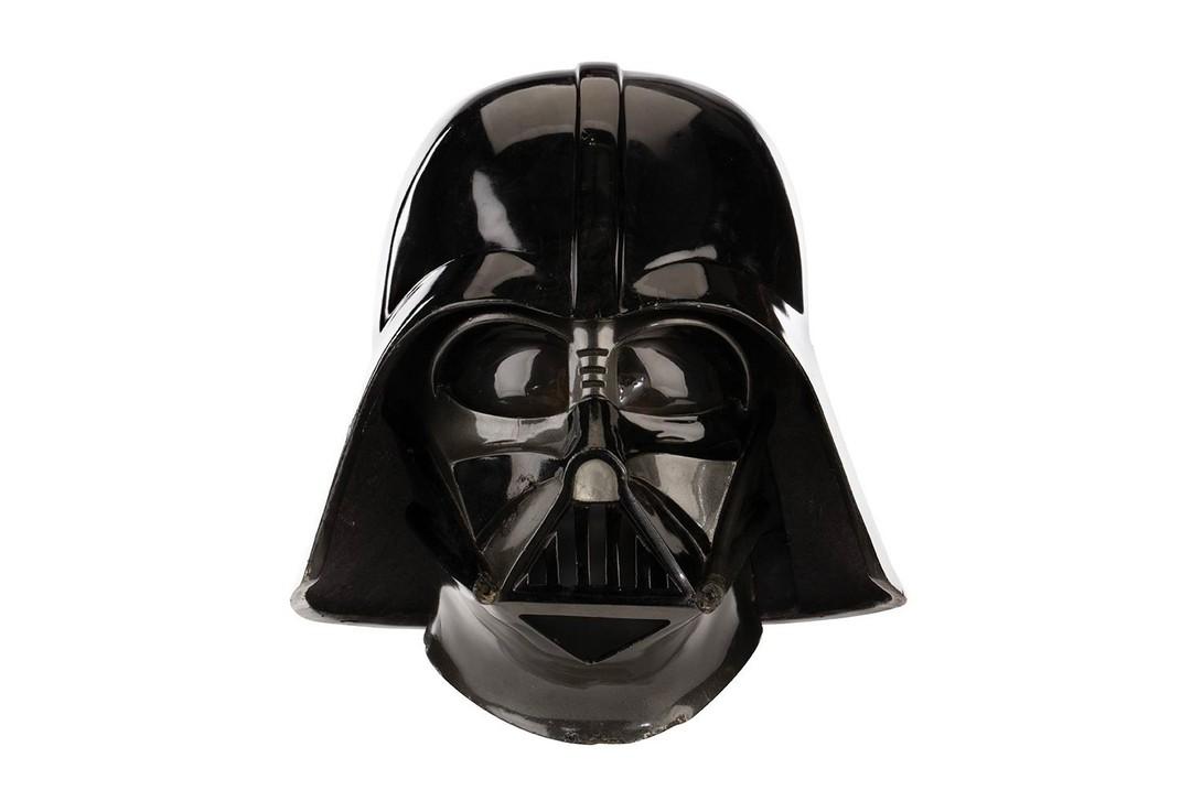 https___hypebeast.com_image_2019_09_darth-vader-helmet-star-wars-the-empire-strikes-back-auction-03