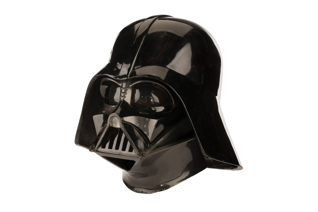 https___hypebeast.com_image_2019_09_darth-vader-helmet-star-wars-the-empire-strikes-back-auction-05