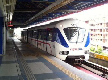 1200px-150701_Rapid_KL_-_Kelana_Jaya_Line_ART_Mark_II_train