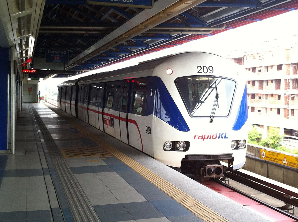 1200px-150701_Rapid_KL_-_Kelana_Jaya_Line_ART_Mark_II_train
