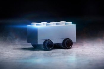 https___hypebeast.com_image_2019_11_lego-shatterproof-bricks-car-tesla-cybertruck-mocking-troll-01 (1)
