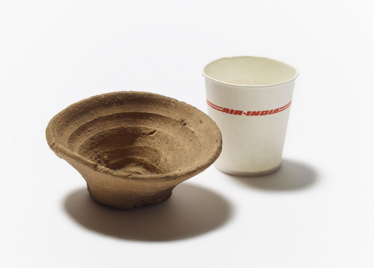 1576710691789-Minoan-cup-alongside-paper-cup-from-Air-India-Photo-The-Trustees-of-the-British-Museum