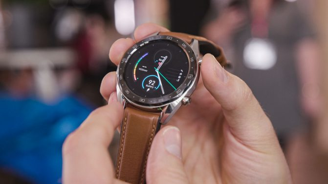 AndroidPIT-huawei-watch-gt-front-671×377