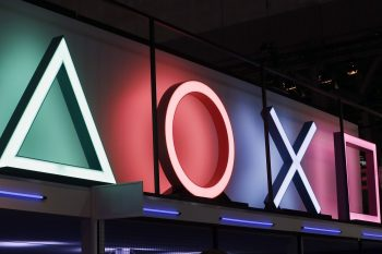 https___hypebeast.com_image_2020_01_sony-playstation-5-backwards-compatibility-rumor-ps1-ps2-ps3-ps4-1