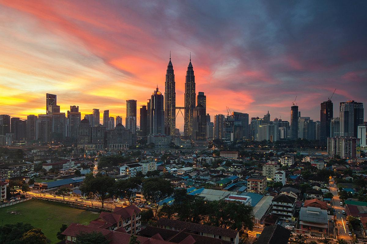 kuala_lumpur_malaysia_city_skyline_sunset_by_zukiman_mohamad_cc0_via_pexels_1200x800-100773474-large