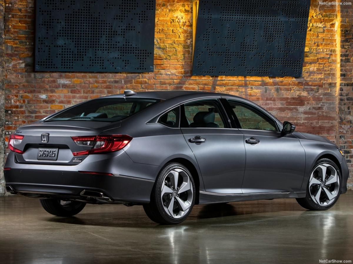 Honda-Accord-2018-1280-0c