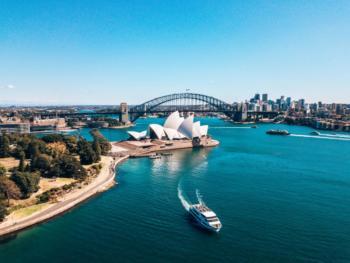 Moving-to-Australia-2400×1799