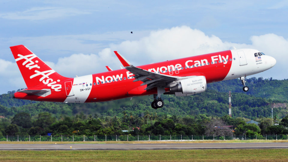 1555895611-AirAsia-Flight-960×540