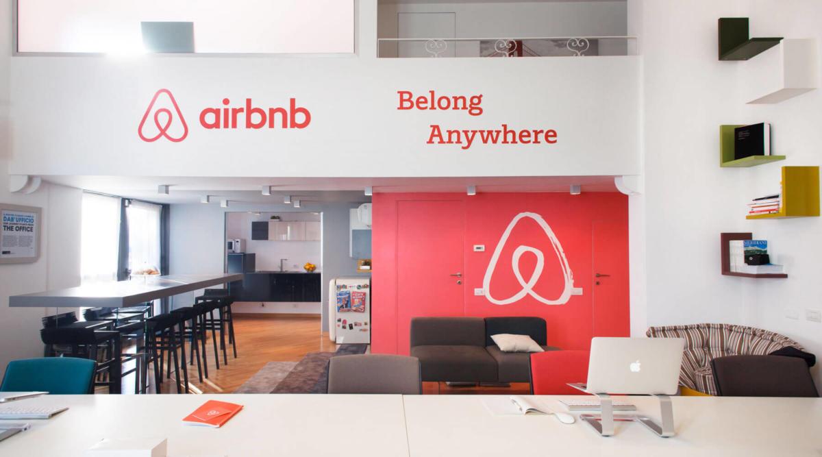 Airbnb_uffici-di-design-arredati-lago