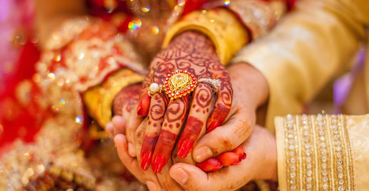 Indian_Wedding_Hands_2019_0