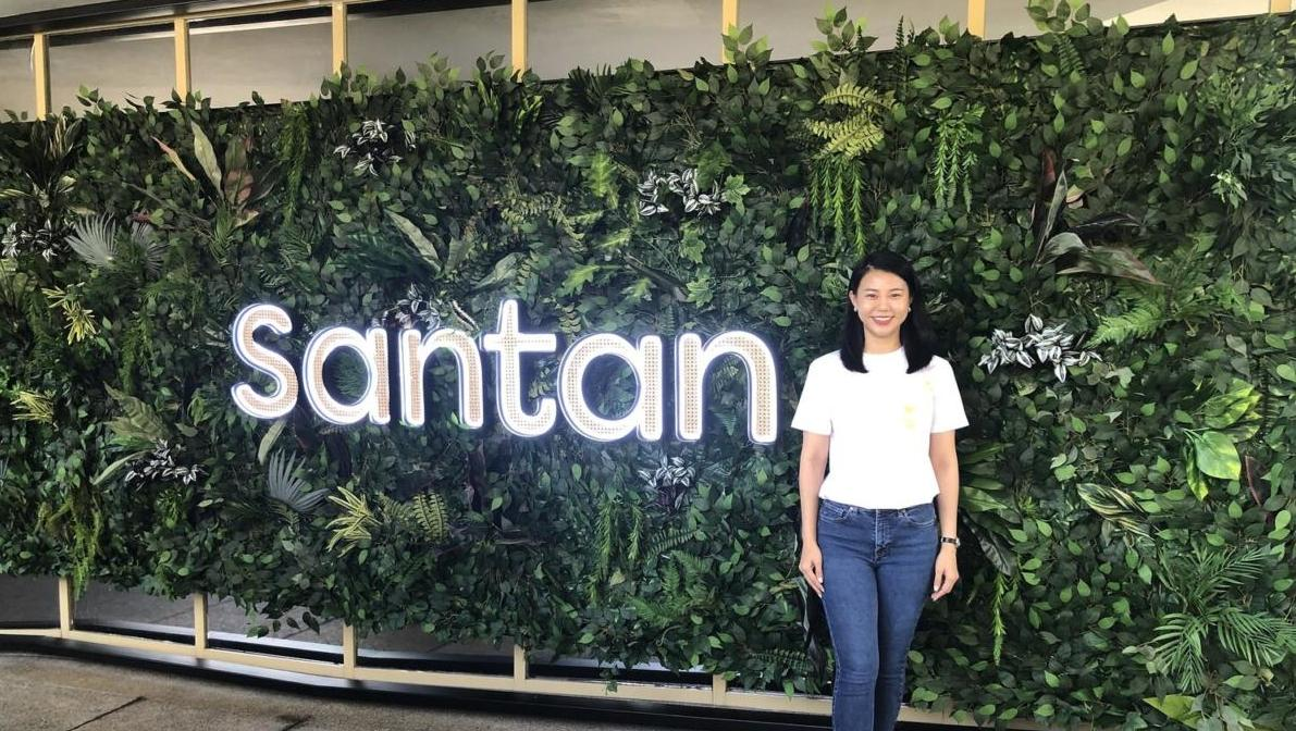 Catherine+Goh,+General+manager+of+Santan-2