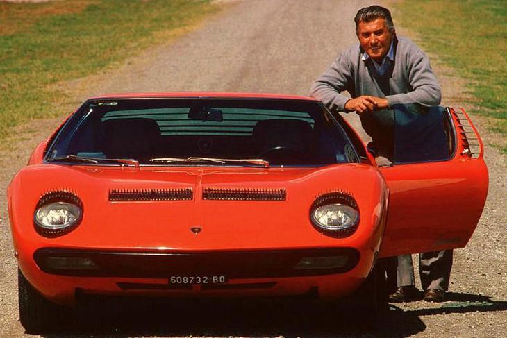 Ferruccio_with_Lamborghini_Miura_SV-1