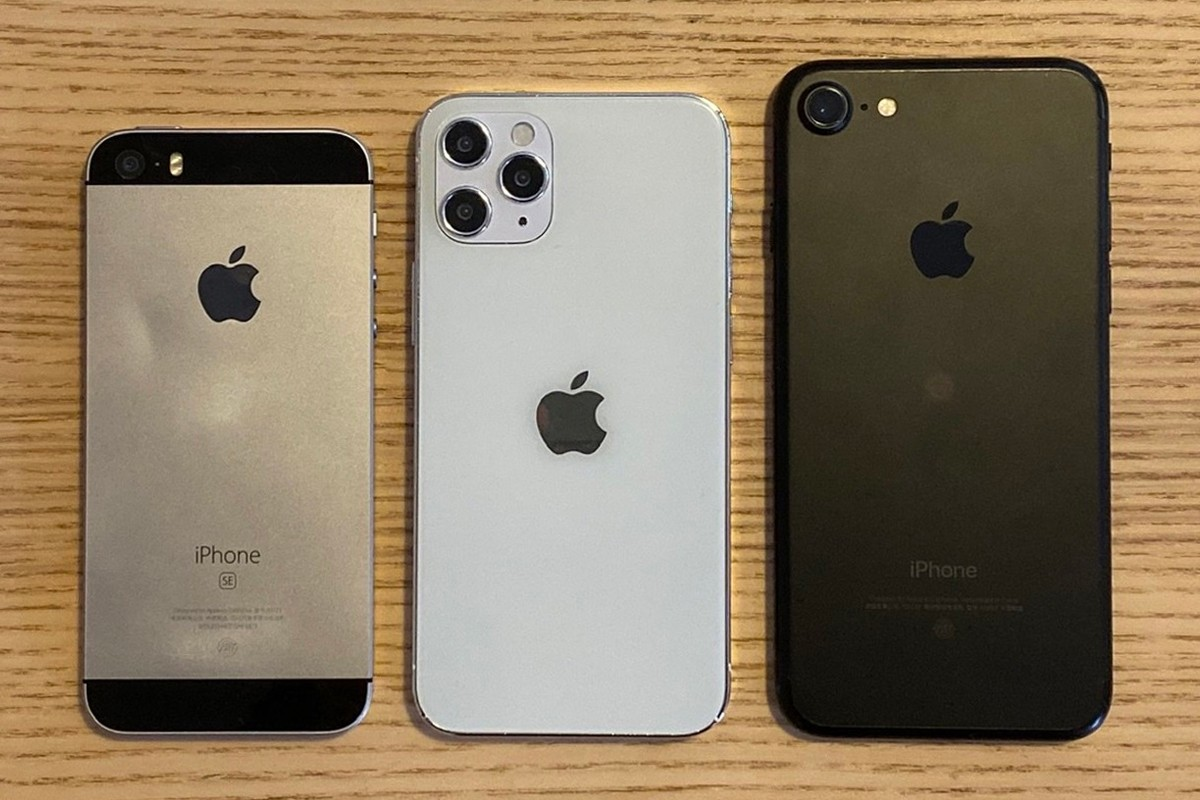 https___hypebeast.com_image_2020_07_apple-iphone-12-5-4-inch-size-comparison-info-001