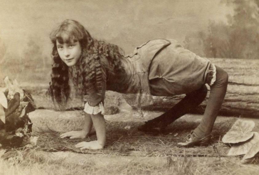 camel-girl (1)