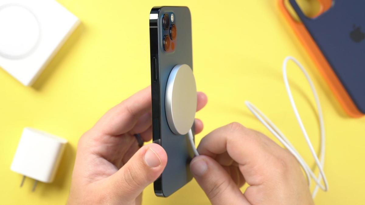 iphone12magsafe