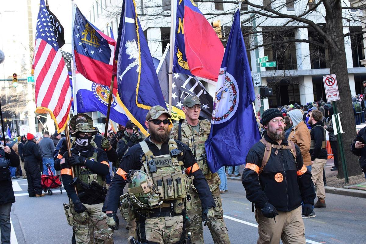 1599px-Virginia_2nd_Amendment_Rally_(2020_Jan)_-_49416381422