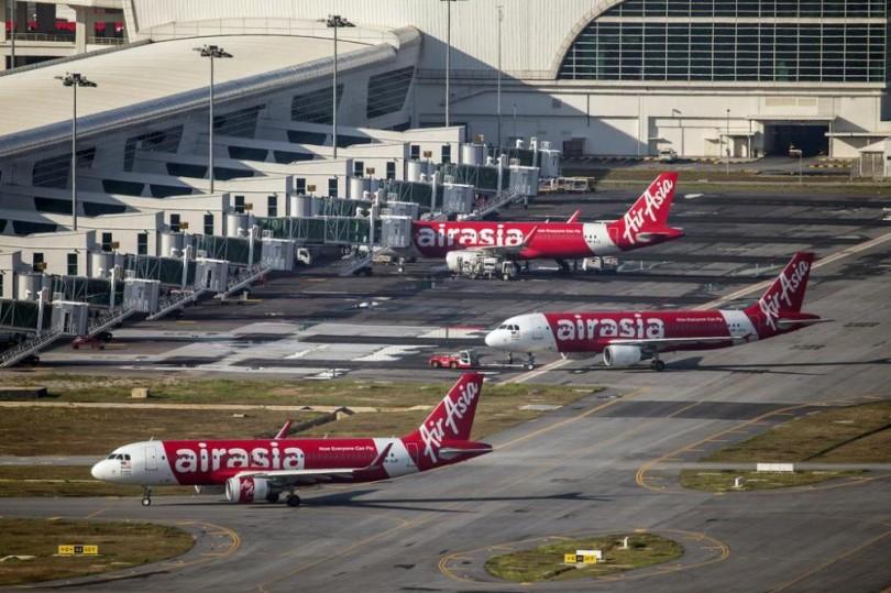 Malaysia-Indonesia-Plane-1000×666-810×539